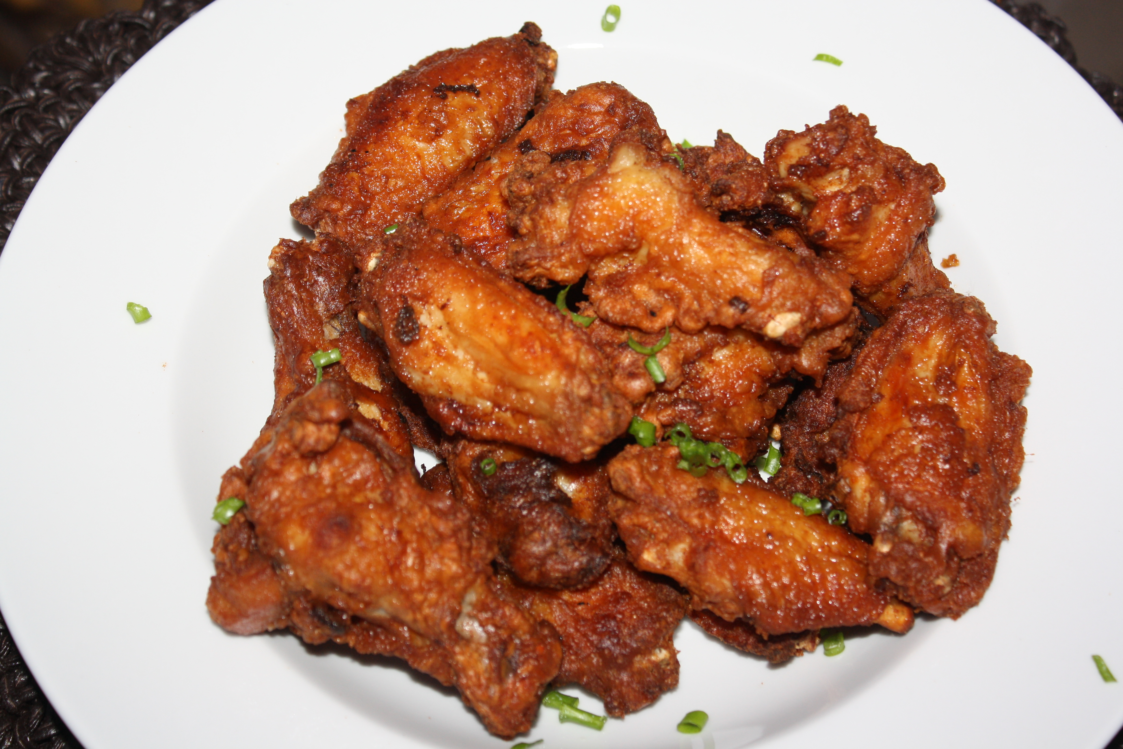 Fried Chicken Wings Images & Pictures - Becuo
